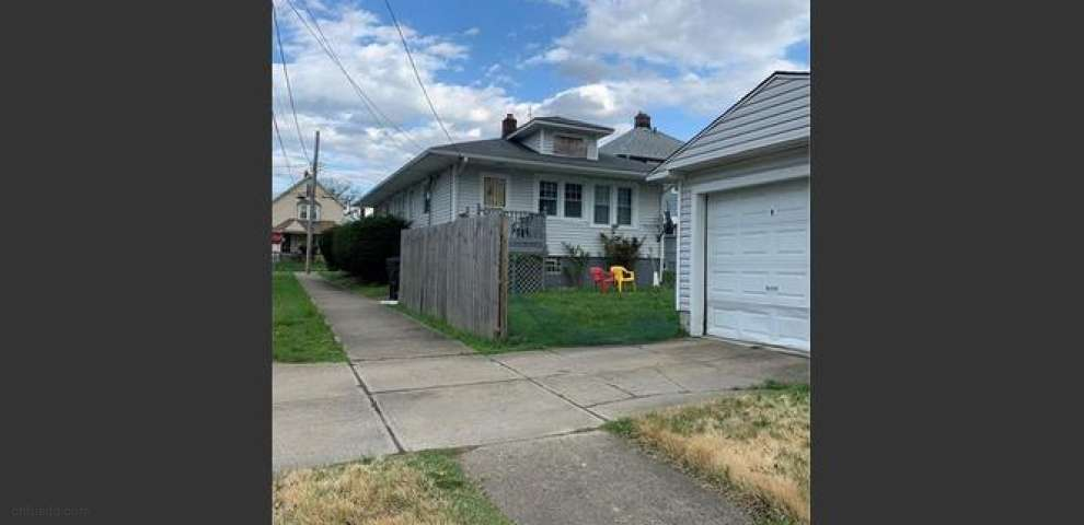 426 E 146th St, Cleveland, OH 44110