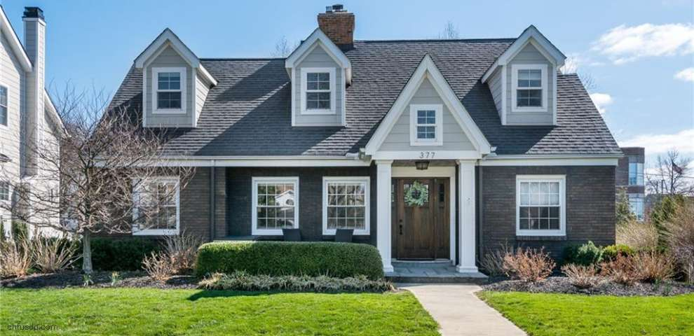 377 Morewood Pkwy, Rocky River, OH 44116