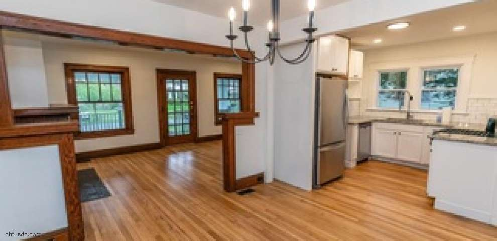 1508 Rydalmount Rd, Cleveland Heights, OH 44118