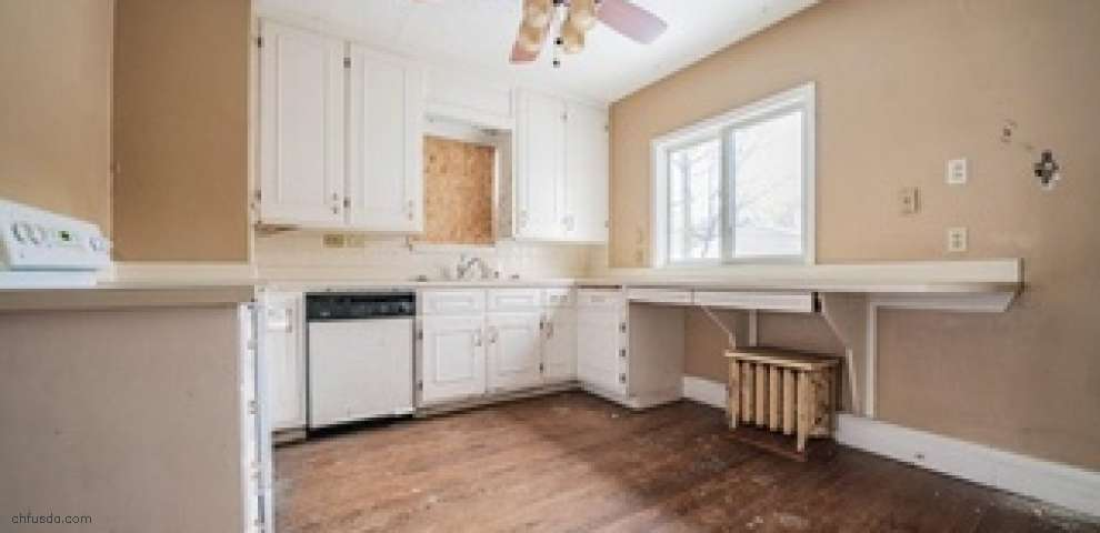 3048 Meadowbrook Blvd, Cleveland Heights, OH 44118