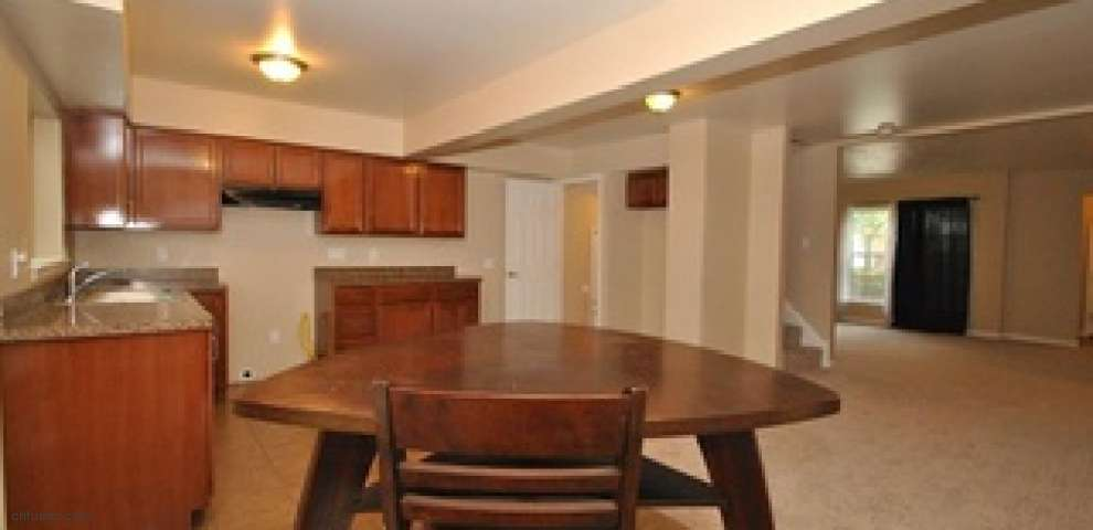 3891 Colony Rd, South Euclid, OH 44118