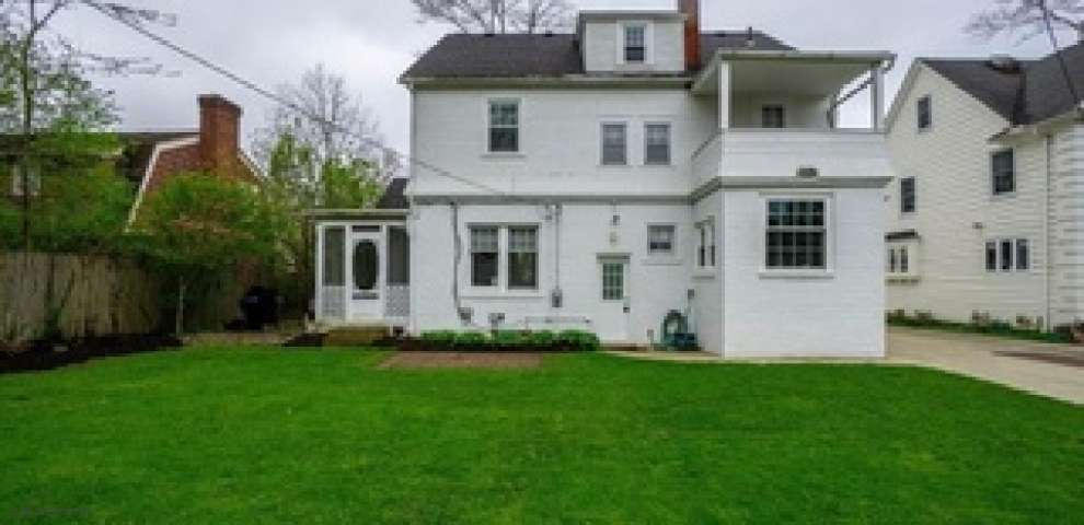 3071 Chadbourne Rd, Shaker Heights, OH 44120