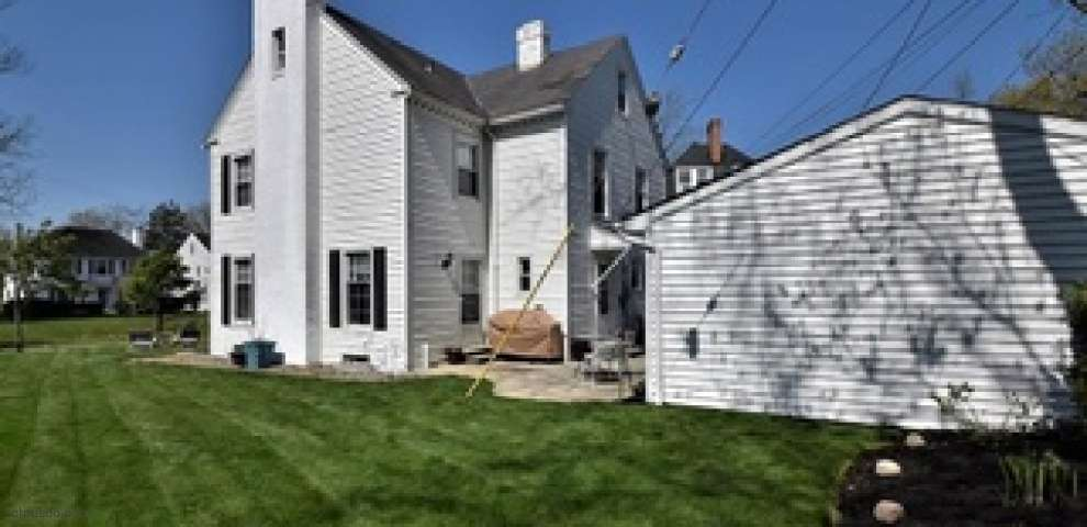 3265 Enderby Rd, Shaker Heights, OH 44120