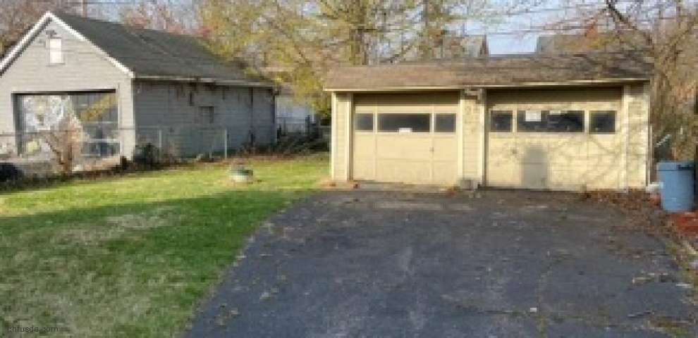 1000 Quilliams Rd, Cleveland Heights, OH 44121 - Property Images