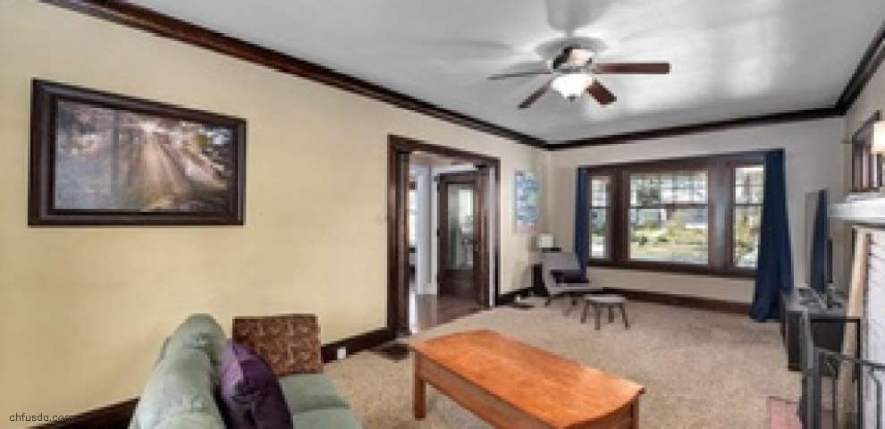 1473 Parkhill Rd, Cleveland Heights, OH 44121
