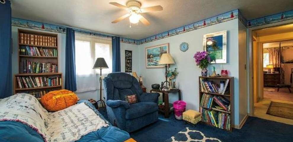 4595 Anderson Rd, South Euclid, OH 44121