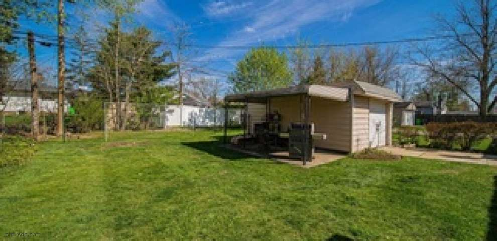 1277 Orchard Heights Dr, Mayfield Heights, OH 44124