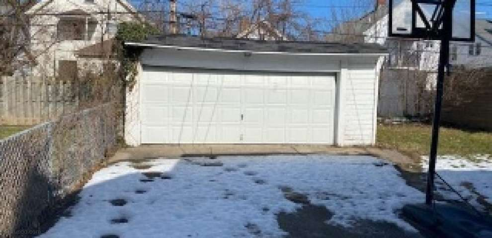 10203 Greenview Ave, Garfield Heights, OH 44125 - Property Images