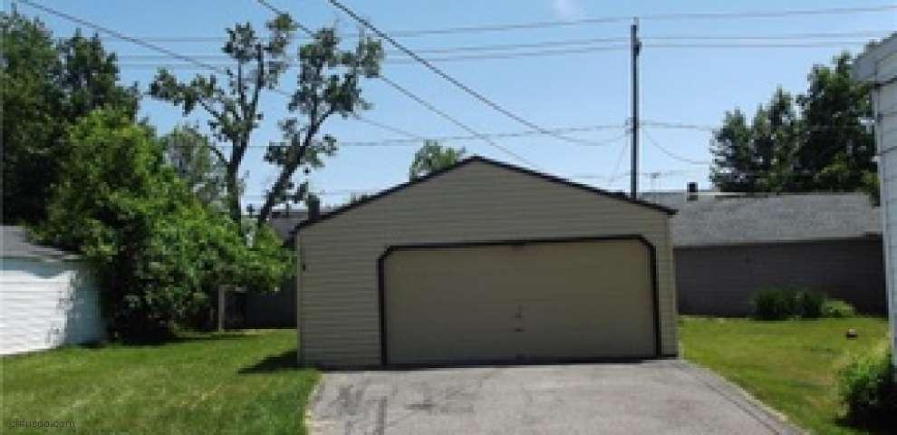 10210 Robinson Ave, Garfield Heights, OH 44125