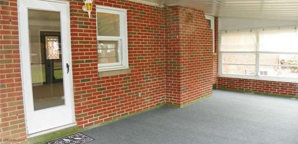 11381 Lawndale Dr, Parma Heights, OH 44130 - Property Images