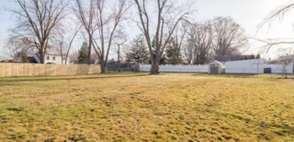 6917 Orchard Blvd, Parma Heights, OH 44130