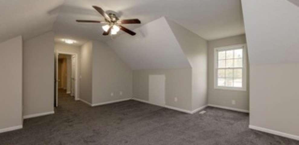 4200 Chestnut Rd, Seven Hills, OH 44131