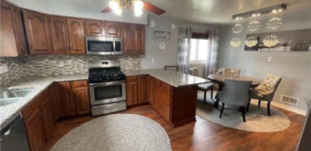 1601 Tuxedo Ave, Parma, OH 44134 - Property Images