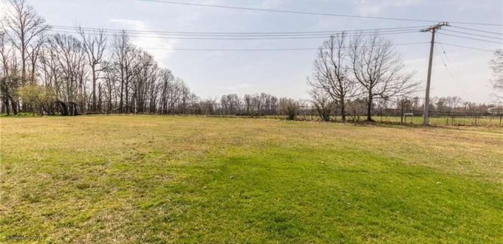 2121 Coventry Dr, Parma, OH 44134 - Property Images