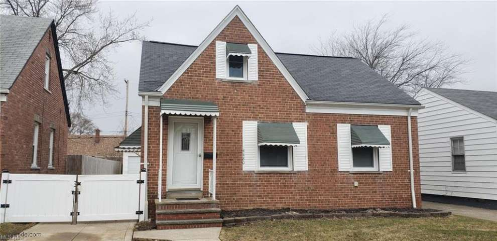 4480 W 137th St, Cleveland, OH 44135