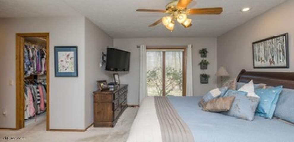 10742 Gate Post Rd, Strongsville, OH 44136