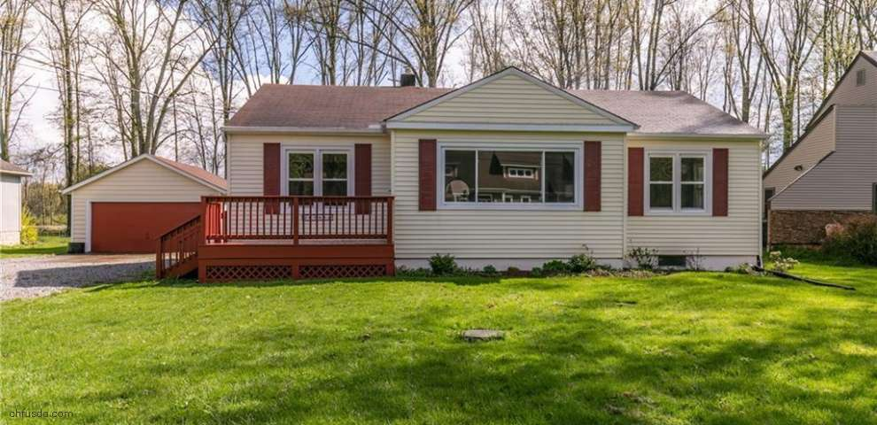 26745 Cranage Rd, Olmsted Falls, OH 44138