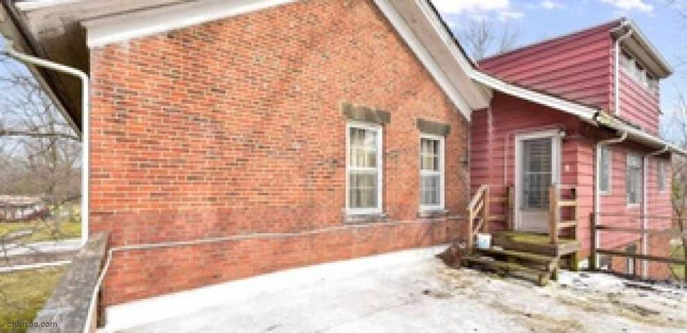 6394 Fitch Rd, Olmsted Township, OH 44138