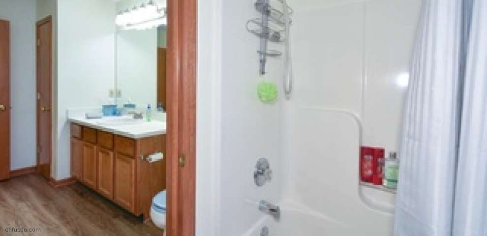 8700 Forest View Dr, Olmsted Falls, OH 44138