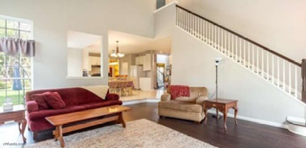 9690 Brook Rd, Olmsted Falls, OH 44138