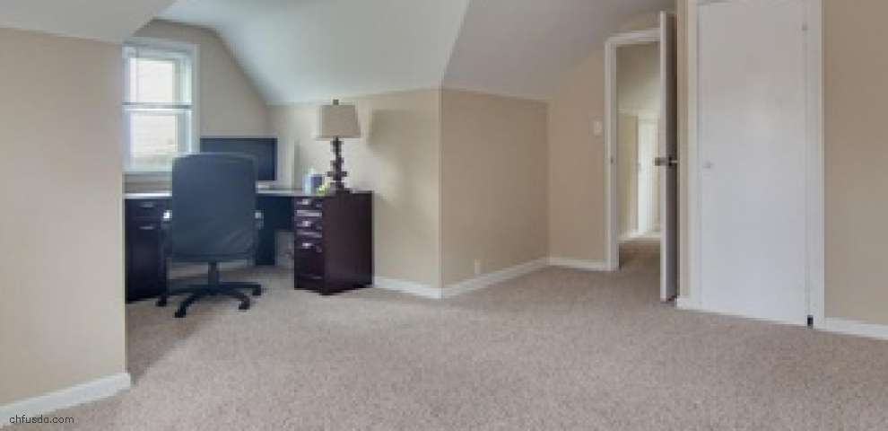 596 Miner Rd, Highland Heights, OH 44143