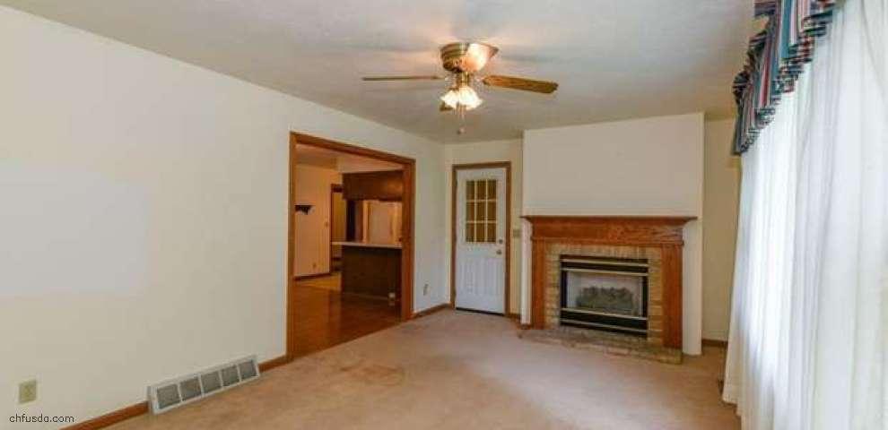 17655 Hicks Rd, Walton Hills, OH 44146