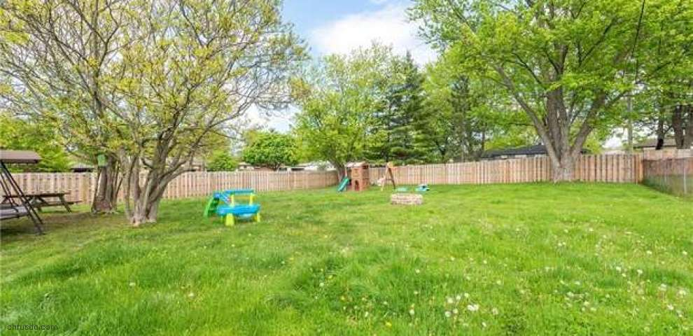 13101 Yager Dr, Strongsville, OH 44149