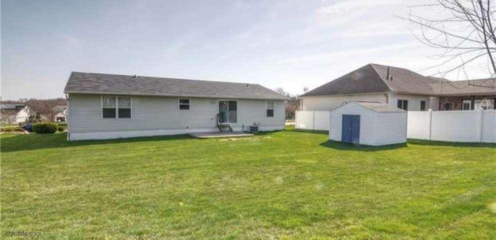 1505 Glenbreigh Cir, Barberton, OH 44203