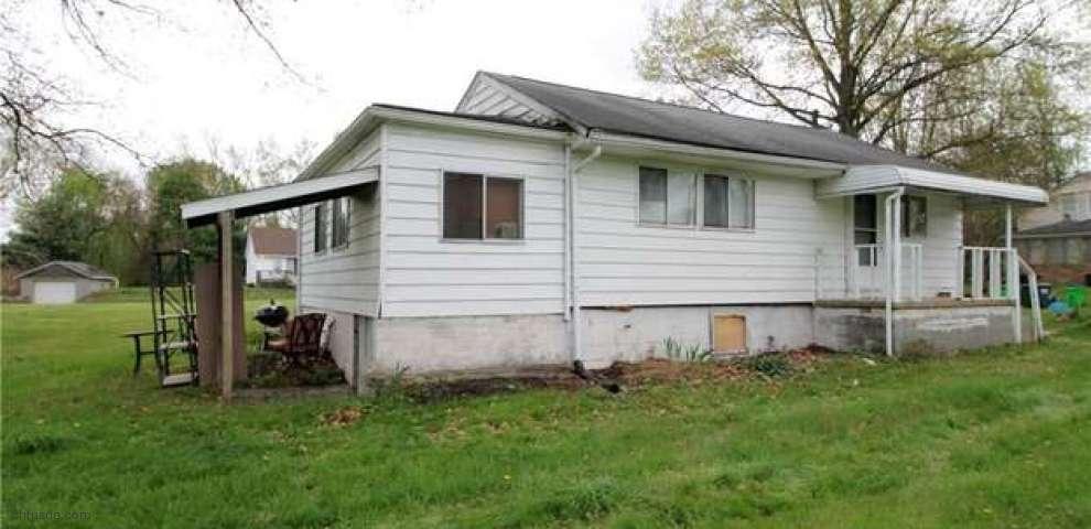315 Kreider Ave, Barberton, OH 44203