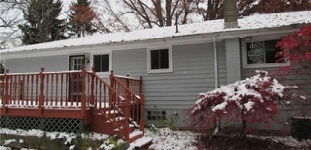 11443 Windham Parkman Rd, Garrettsville, OH 44231