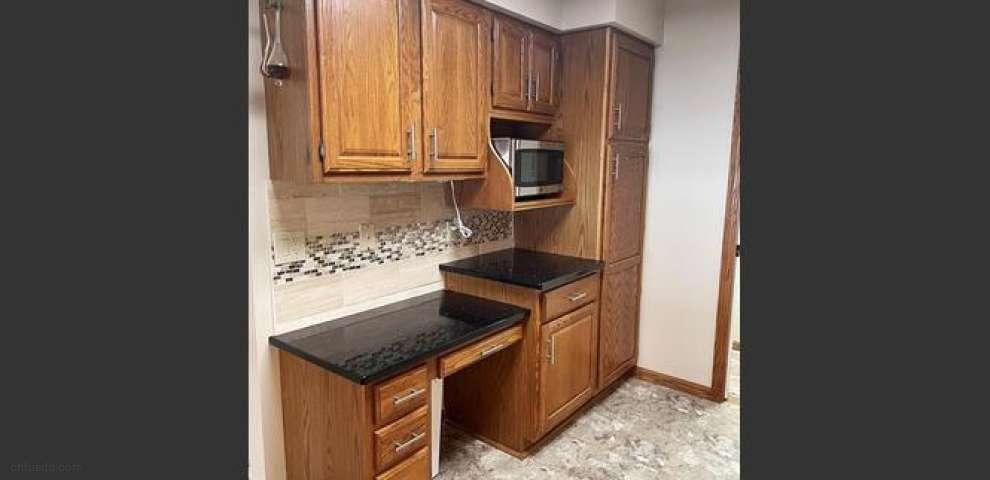 1038 N Jefferson St Unit U-9, Medina, OH 44256 - Property Images