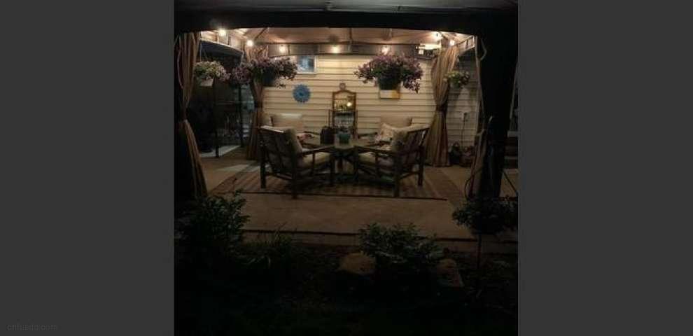 2630 Wintergreen Ln, Ravenna, OH 44266
