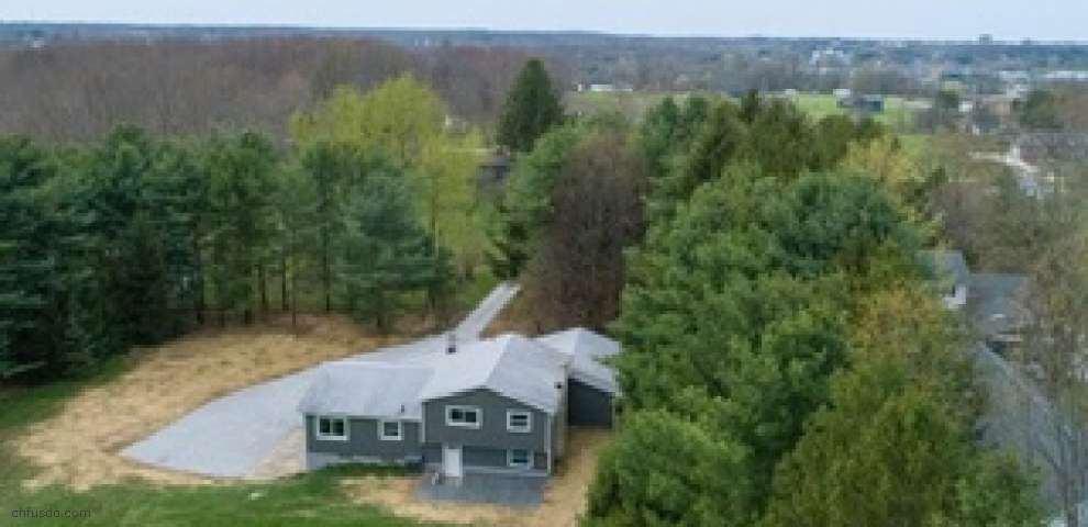 5342 Rootstown Rd, Ravenna, OH 44266