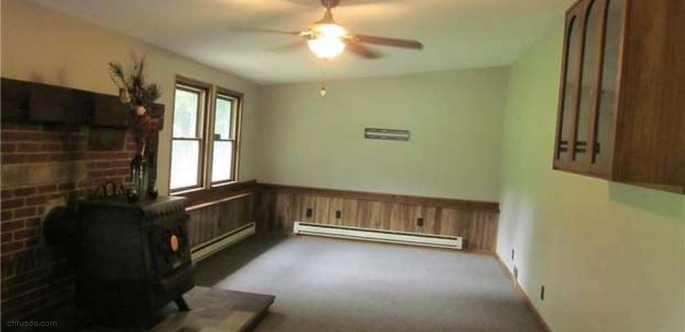 4276 Hattrick Rd, Rootstown, OH 44272