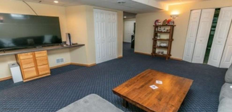 2645 Station Rd, Valley City, OH 44280