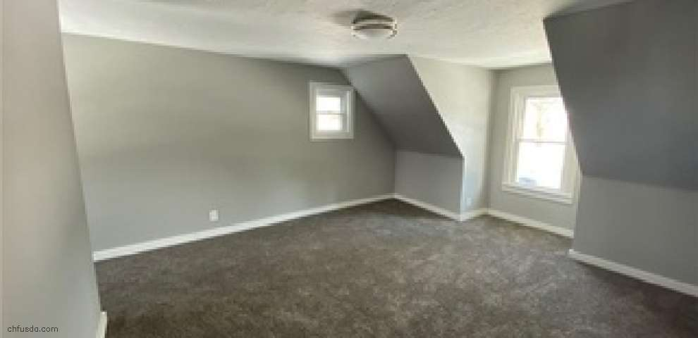 246 Westview Ave, Wadsworth, OH 44281