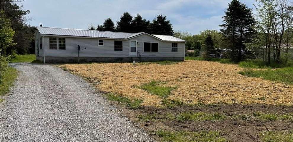 8444 Slagle Rd, Windham, OH 44288