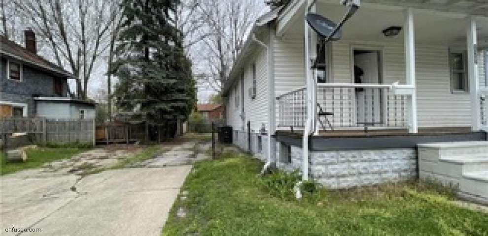 175 E Emerling Ave, Akron, OH 44301