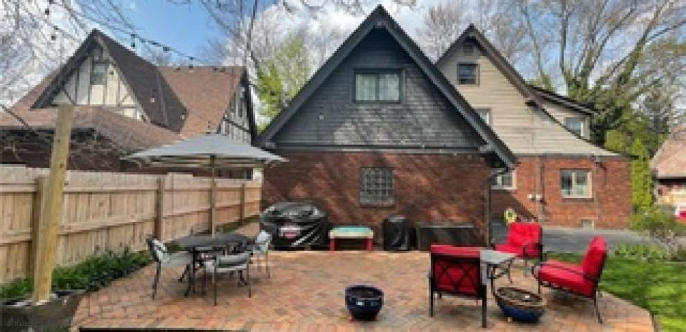 1126 Delia Ave, Akron, OH 44320 - Property Images