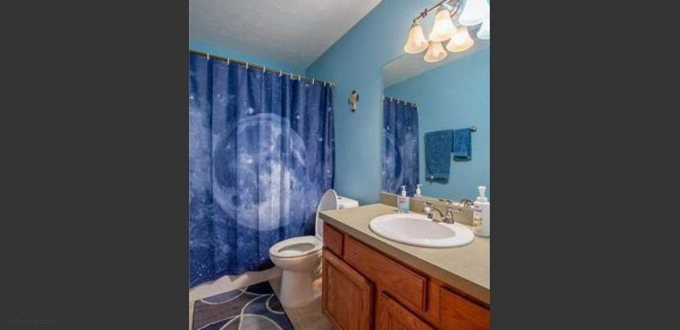1146 Himelright Blvd, Akron, OH 44320 - Property Images