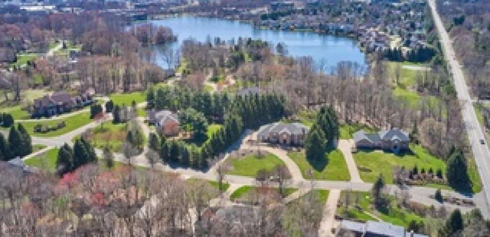4043 N Shore Dr, Bath, OH 44333