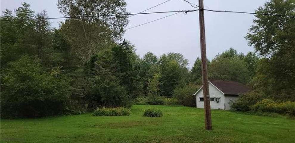 4999 Miller South Rd, Bristolville, OH 44402