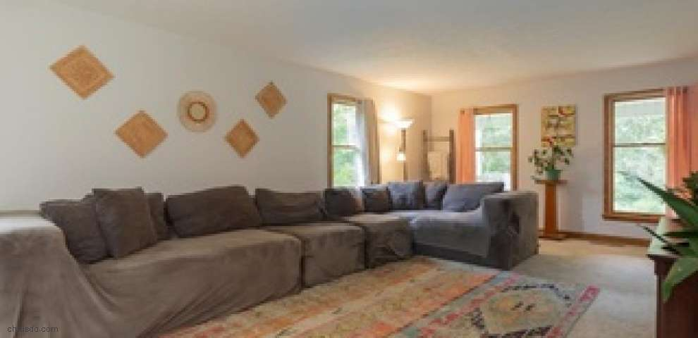 10452 Berlin Station Rd, Canfield, OH 44406