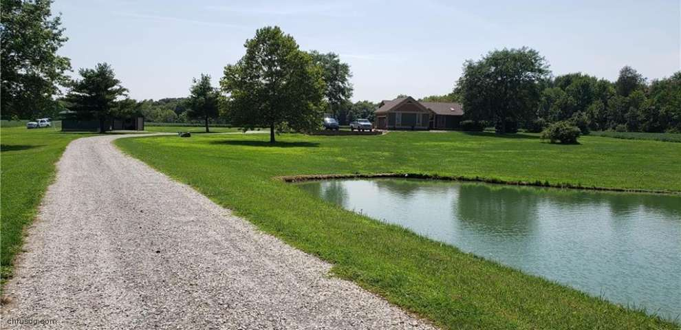 10609 Leffingwell Rd, Canfield, OH 44406