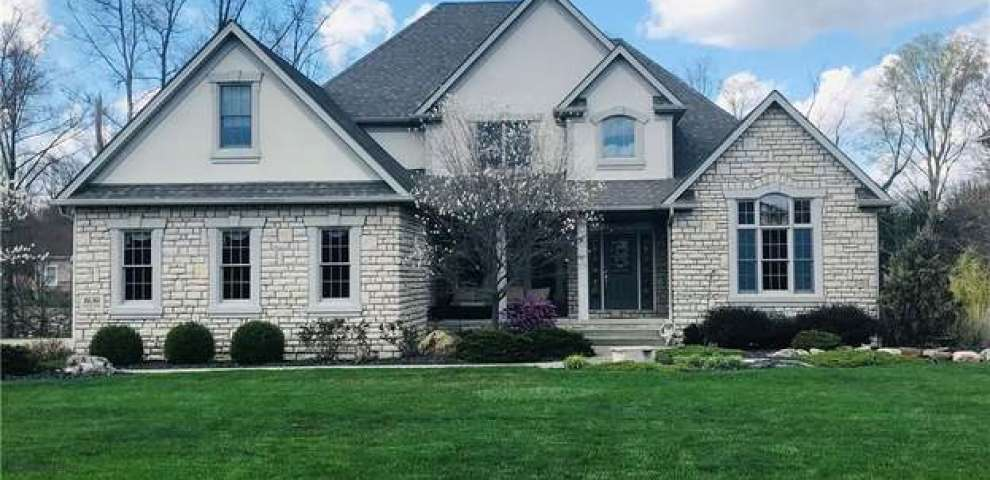 1630 Gully Top, Canfield, OH 44406