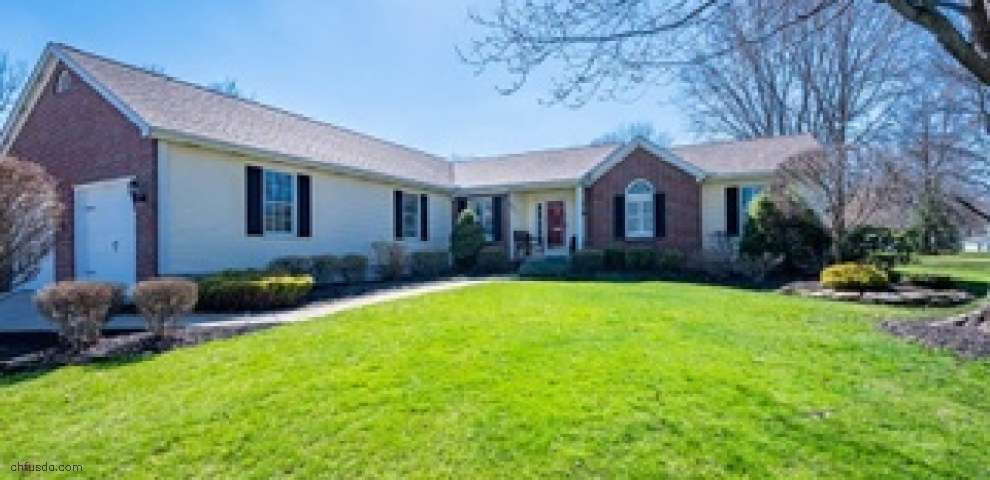 204 Hood Dr, Canfield, OH 44406