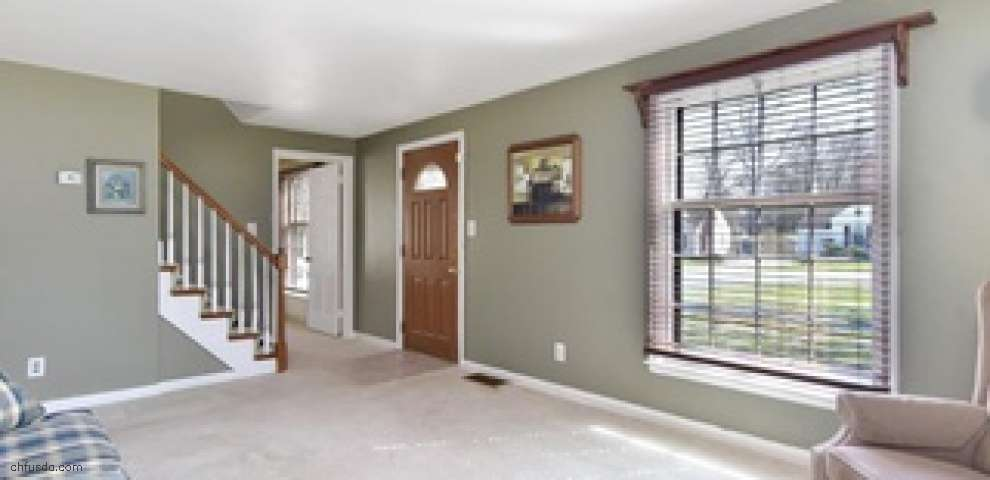210 Callahan Rd, Canfield, OH 44406