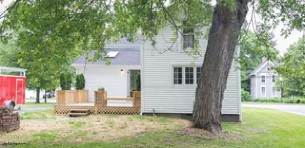217 W Main St, Canfield, OH 44406
