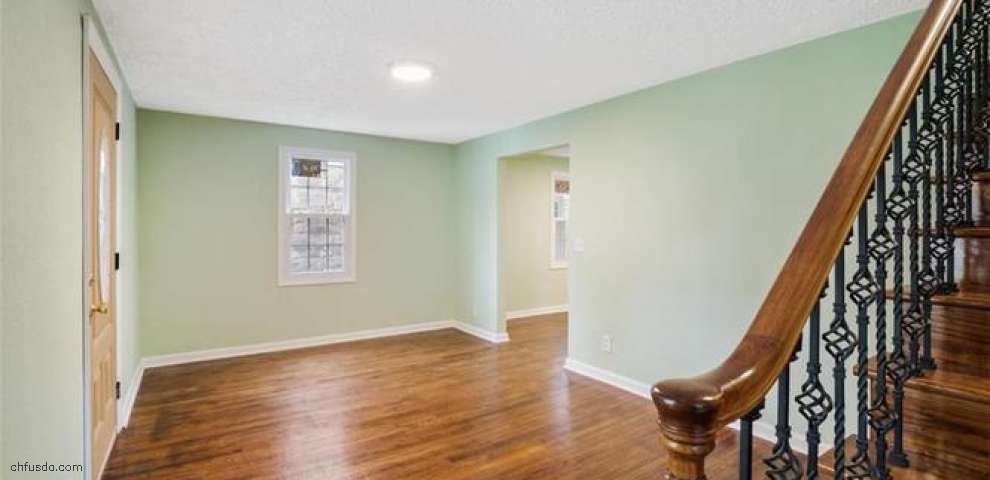3316 S Canfield Niles Rd, Canfield, OH 44406