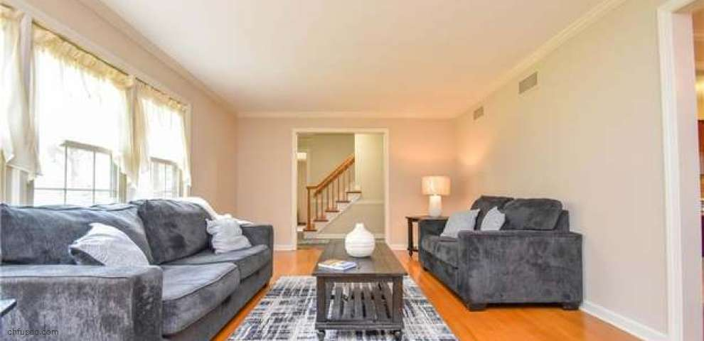 430 Bradford Dr, Canfield, OH 44406